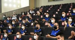 Karabağlar Belediyesi'nde zabıtalar yemin etti