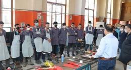Mesleki Eğitimde 21. Yüzyıl Eğitim Modeli Pilot Eğitimlerinin ilki Adana Mesleki Eğitim Merkezi'nde tamamlandı