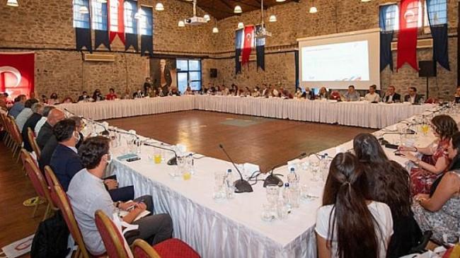 Başkan Soyer 20 ülkenin diplomatik temsilcileriyle Kültür Zirvesi hazırlıklarını konuştu