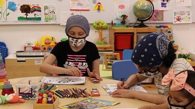Disney, 16 ilde 29 hastanede tedavi gören 4 bine yakın çocuğa maske bağışlıyor