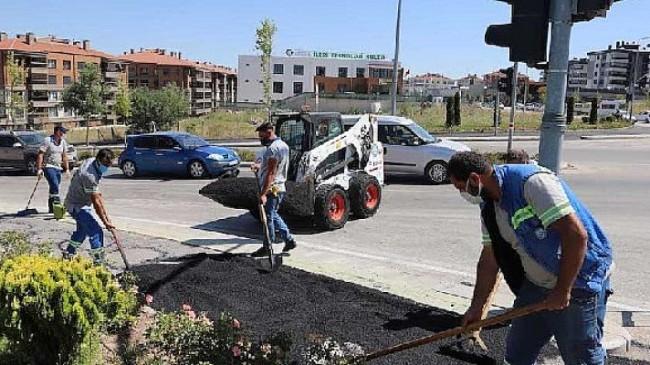 Eskişehir'de çalışmalar Özlem Caddesi'nde sürüyor