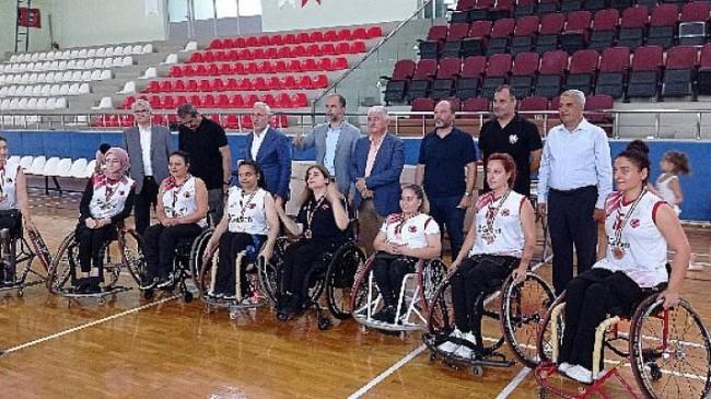 Garanti BBVA Tekerlekli Sandalye Basketbol Kadınlar Türkiye Şampiyonası Hatay'da Düzenlendi