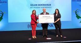 Kadın girişimciler Halkbank'ın desteğiyle üretime yöneliyor