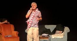 """Deniz Salman """"Bir Aktör Ne Yapıyor"""" adlı oyunuyla Antalya'daki tiyatroseverlerle buluştu!"""