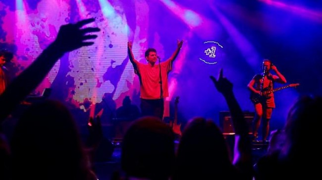 Nilüfer +1 Güz Konserleri'nde Evdeki Saat rüzgarı