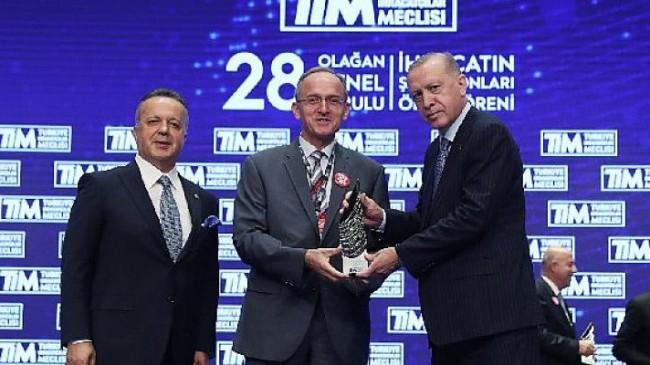 Toyota Otomotiv Sanayi Türkiye'ye ihracat şampiyonu ödülü