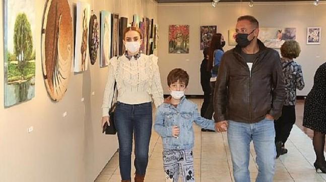 Sanatla Yaraları Sarıyoruz' Karma Resim Sergisi Aksm'de